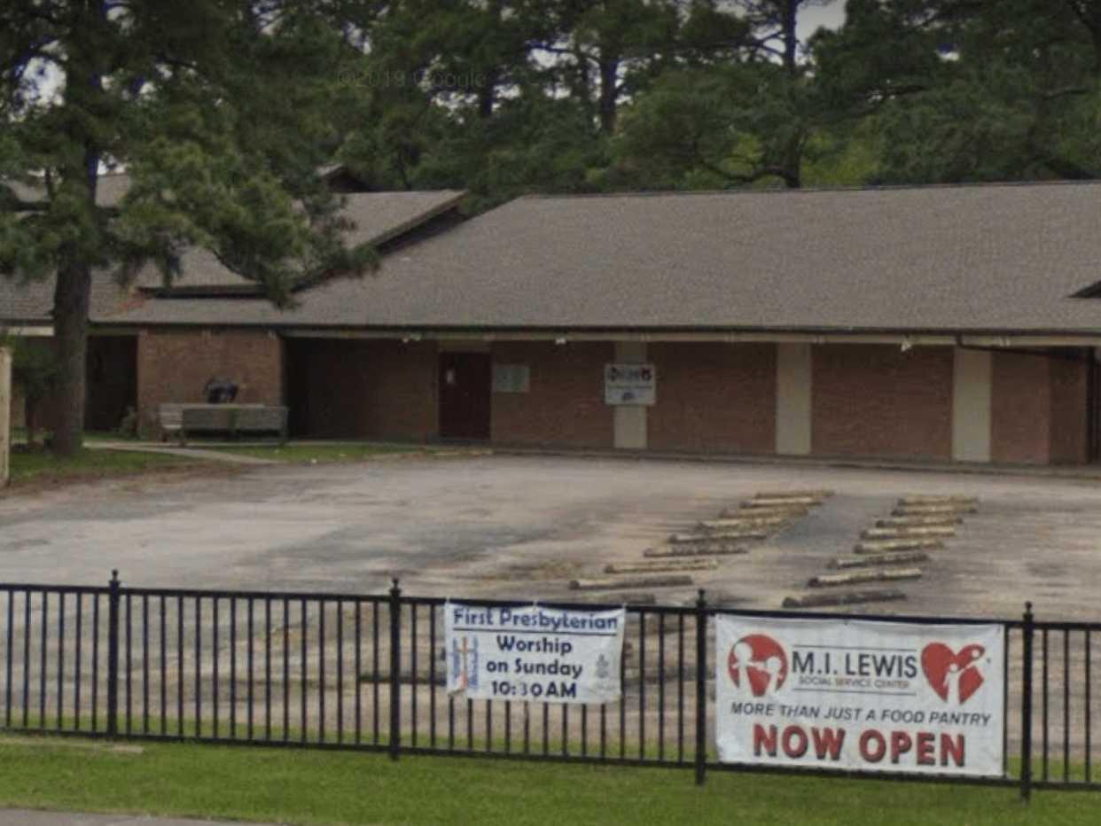 M.I. Lewis Social Service Center