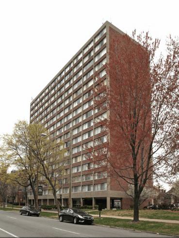 Housing, Hillebrand House